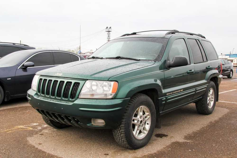 For Affordable Cars in St. Peters Try a Jeep
